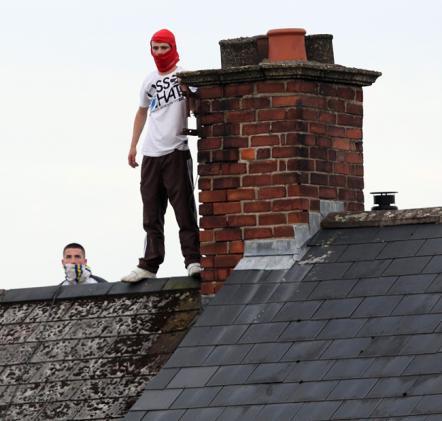 Belfast Telegraph Ardoyne Luglio 2010 27