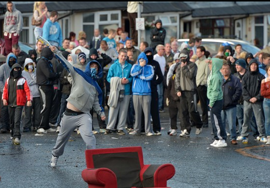 The Twelfth 2012. Violenze ad Ardoyne