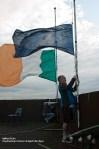 Il tricolore irlandese a mezz'asta in onore di Alan Ryan - Andrea Aska Varacalli