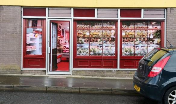 La falsa facciata di un negozio ad Enniskillen. Fonte: Bryan O'Brien, Irish Times