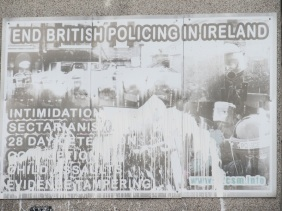 "Derry - ""End british policing in Ireland"""