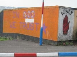 """Derry - """"Confidiamo in dio """""""