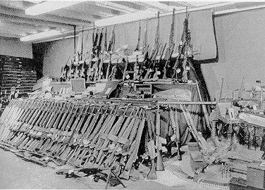 Le armi americane sequestrate dal peschereccio Marita Ann nel 1984,  in mostra presso la sede della Garda a Dublino