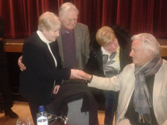 Michael Mansfield ha incontrato Eileen e Willie Mc Conville al Gerry Conlon Memorial