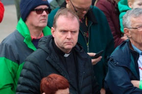 Londonderry priest Father Joe Gormley, who performed the last rites to Lyra McKee the night she died, at the Guildhall in Derry, Northern Ireland, as friends of the murdered journalist are arrive at the end of their three-day peace walk from Belfast. PRESS ASSOCIATION Photo. See PA story ULSTER Walk. Picture date: Monday May 27, 2019. Photo credit should read: Liam McBurney/PA Wire