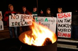 Protesters from the campaign group Border Communities Against Brexit take part in a demonstration in Carrickcarnon on the Irish border, ahead of the UK leaving the European Union at 11pm on Friday. PA Photo. Picture date: Friday January 31, 2020. See PA story POLITICS Brexit. Photo credit should read: Niall Carson/PA Wire