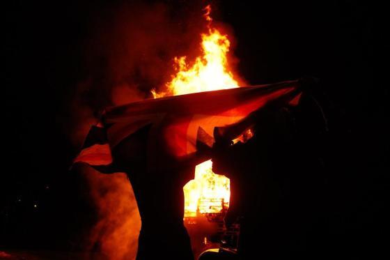 belfast-bonfires-005